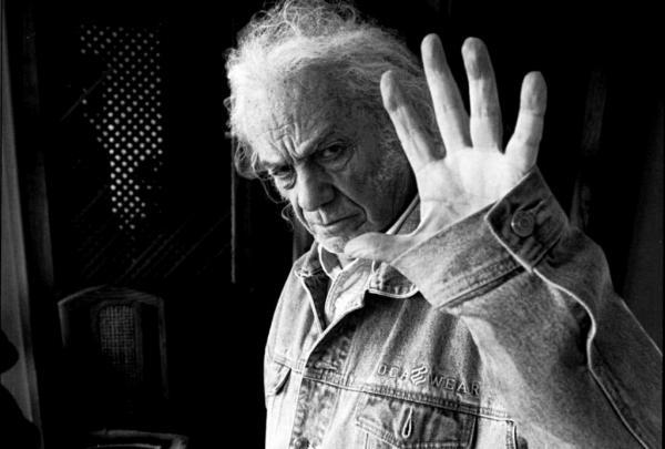 Dos poetas de Chicago rinden tributo a Nicanor Parra