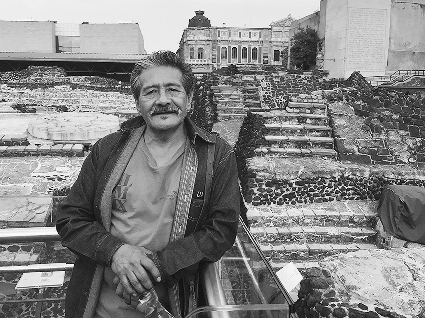 Una caricia a la piel de la calle: entrevista con Primo Mendoza Hernández