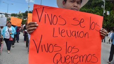 Guerrero: En momentos terribles necesitamos la voz de la poesía